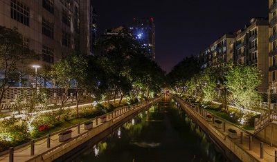 南京未来城河滨